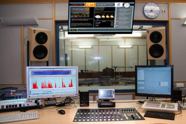 Studio Display, DJ Display, Studio Information, Radio Studiio